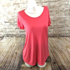 Coral Luxe luxueux gap short sleeve t-shirt small